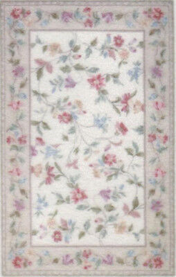 """1:48 Scale Dollhouse Area Rug 0001909 - approximately 1-7/8"""" x 2-15/16"""""""
