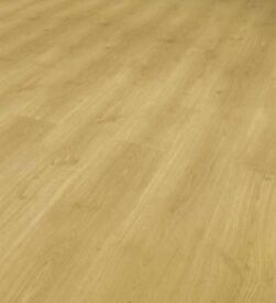 X20 PACKS VARIO+ 12MM LIGHT OAK LAMINATE FLOORING 26M2 COVERAGE