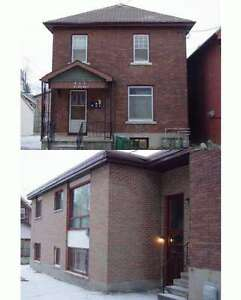 FOR RENT-3 BEDROOM APTS Close to Queen's May 1st