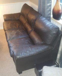 Used Leather Sofa for sale