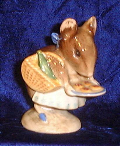 Beswick Beatrix Potter figurine Appley Dapply BP2 Gold Oval
