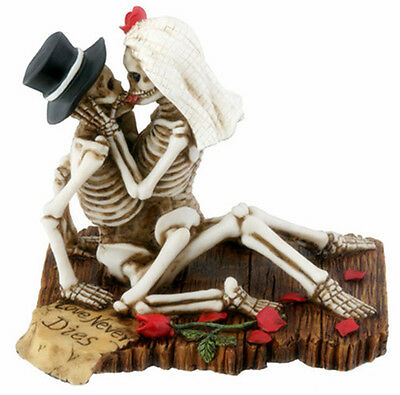 LOVE NEVER DIES SKELETON HALLOWEEN WEDDING CAKE TOPPER.BRIDE GROOM FIGURINE.NEW - Halloween Wedding Supplies