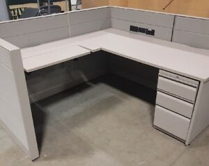 Teknion Leverage Workstations (Used). Great Condition!