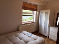 Limehouse Shadwell Whitechapel single and double room available now, couples and students accepted