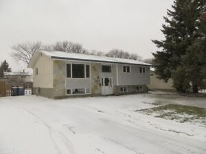 4 BED/3 BATH St Vital home u can OWN $1650/mo. 0 DOWN options!