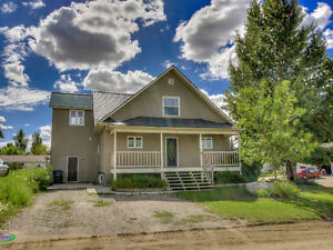 201 5th Avenue, Caronport Moose Jaw Regina Area image 1
