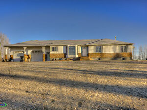Acreage 6 KMs from Regina For Sale
