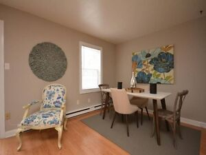Move In Ready Townhouse!