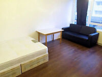HUGE DOUBLE ROOM AVAILABLE NOW IN ALL SAINTS