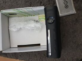 GREAT CONDITION BOXED XBOX 360 120GB CONSOLE & 21 GAMES