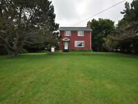 HOME FOR SALE CAVENDISH PEI, 1 PRIVATE ACRE OFF THE BOARDWALK!!