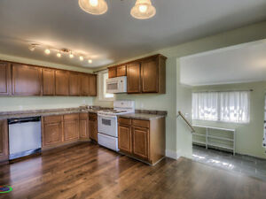 201 5th Avenue, Caronport Moose Jaw Regina Area image 3