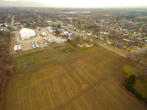 FARMLAND/COMMERCIAL- COUNTY RD 27 W, KINGSVILLE ONTARIO