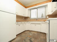 One PET?!! Millwoods. Extra Tall DOUBLE GARAGE!! Fenced Backyard
