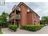 3 Bedroom Condo - BARRIE - Family or Students