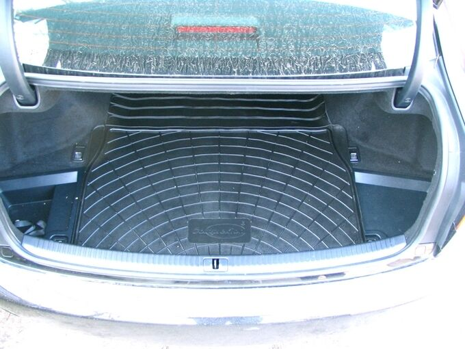 Lexus IS 220 Saloon Rubber Boot Mat Liner Options and Bumper Protector