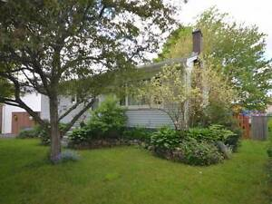 117 Gourok Avenue, Dartmouth-Christine Pinsent