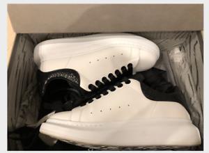 ALEXANDER MCQUEEN Raised Sole Python Low Top White Black Sneaker