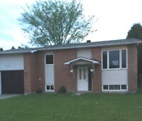 4Beds/2 Bath Bungalow for rent in Clarence-Rockland