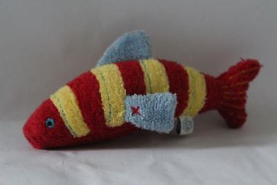 POTTERY BARN KIDS / PBK Mini Terry Cloth Squeeze FISH Bath Plush/Toy 6