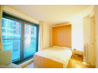 - Spectacular Studio Apartment Located In Blackwall, New Providence Wharf.