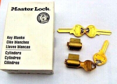 2 New Master Lock Padlock Cylinders With 4 Key Blanks M27