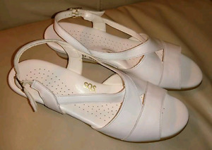 White sandals size 9