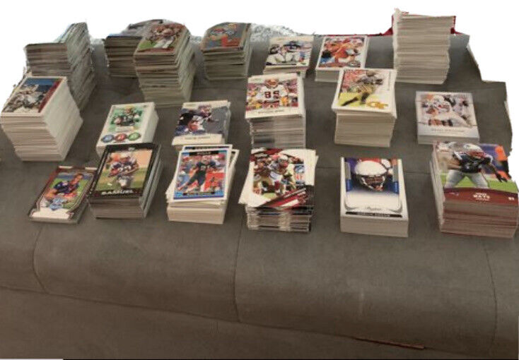 Lot Of 3000  Assorted Football  Cards-perfect Gift! Some Hall Of Famers!!!