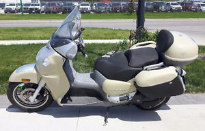 Aprilia Scarabeo 500cc Scooter  With Trunk and Hard Bags