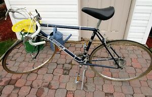 Vintage Raleigh 10 speed Challenger Bicycle