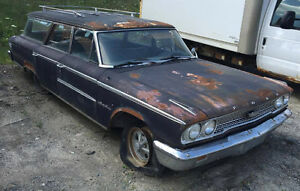 1963 Ford Wagon - Great project car!