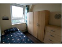 DON'T MISS THIS OUT!!! Fabulous box room in STREATHAM , SW16