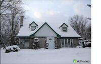 Cottage chaleureux quartier tranquille Loretteville