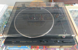 PIONEER Full Automatic Stereo Turntable PL-600 Record Player