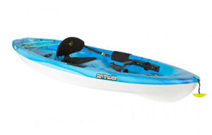 Kayak pelican sentry 100 angler with paddle