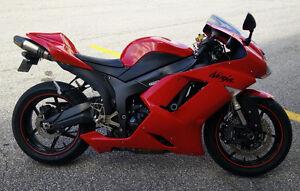 2007 Kawasaki Ninja ZX-6R Red