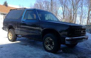 1989 chev s-10 blazer PROJECT