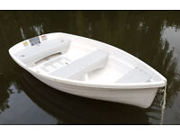 Only 55kgs (lighter than some canadian canoes) Walker Bay Boat Dinghy & Electric Outboard Minn Kota