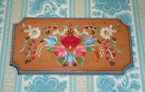 """Hand Painted WELCOME Birds & Hearts Sign - 18"""" x 10"""""""