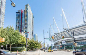 Furnished Den in Beautiful Downtown Condo - False Creek Views