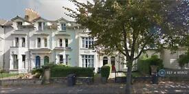 1 bedroom flat in East Grove, Cardiff, CF24 (1 bed)