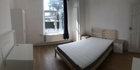SUPER BIG DOUBLE ROOM TO RENT - WHITECHAPEL - ZONE 2 - AVAILABLE FROM TODAY - CALL ME NOW
