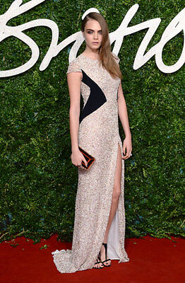 Cara Delevigne – simple, stunning and sparkly