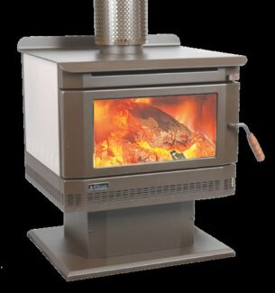 Freestanding wood heater Clyde Casey Area Preview
