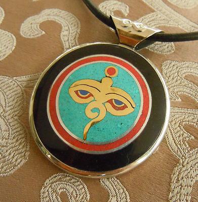 Pretty Silver Buddha-Amulett from Nepal Om + Buddha Eye