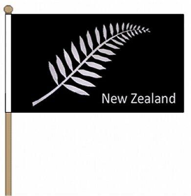 "New Zealand Fern (9"" x 6"") Hand Waving Flag"