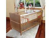 New/Boxed Isabella Cot Bed/Todler Bed 140 x 70 cm. RRP £130