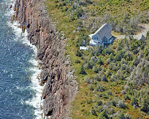 Dramatic Oceanfront 4 Bedroom, 8 Acres, Outbuildings, Beach