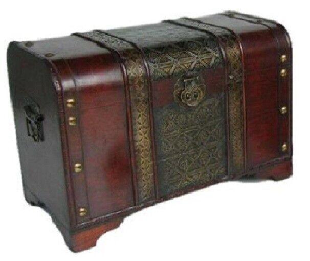 Old Fashioned Medium Wood Storage Trunk Wooden Treasure Chest