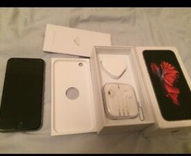 IPhone 6s 64gb hardly used with box charger and earphones sealed
